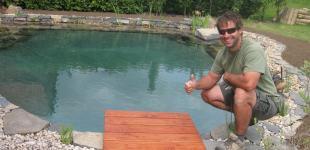 Zahradní jezírka: Koupací jezírko Břežany