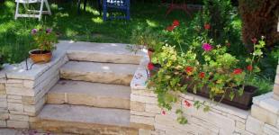 Zahradní jezírka: Schody z pískovce