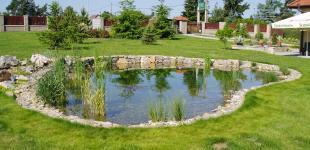 Zahradní jezírka: Stavba jezírka Líšnice - jezírko hotovo
