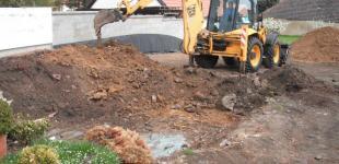 Zahradní jezírka: Stavba jezírka Železná - hrubé výkopové práce