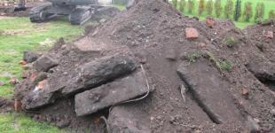 Stavba koupacího jezírka Mladá Boleslav - náročné podmínky výkopu