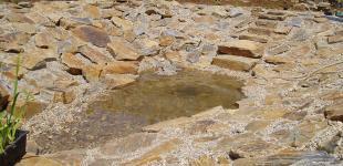 Zahradní jezírka: stavba koupacího jezírka Sázava - napouštění vody