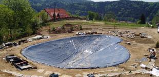 Zahradní jezírka: stavba koupacího jezírka Sázava - pokládka folie02